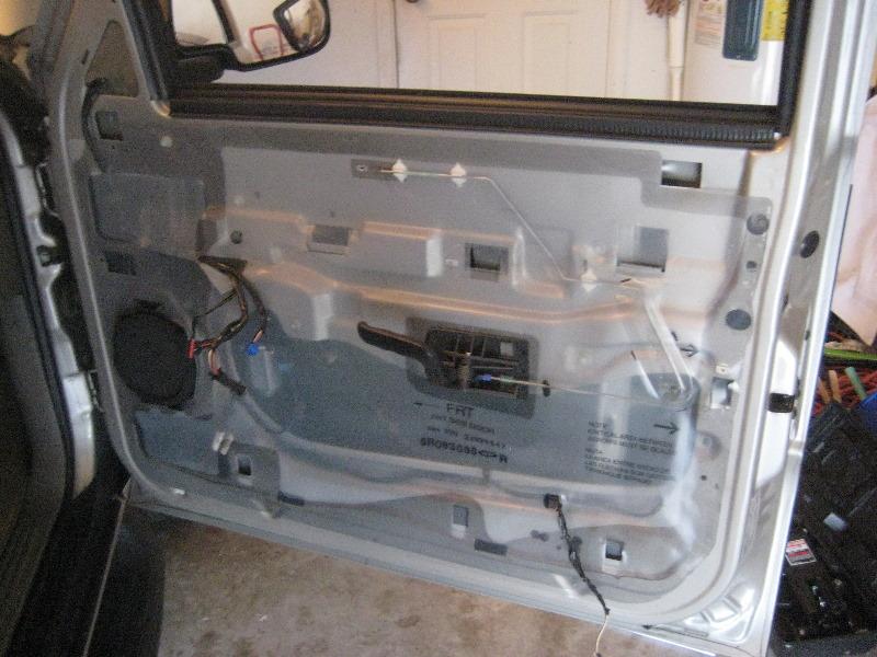 2000 2006 Gm Chevrolet Tahoe Interior Door Panel Removal
