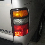 2000-2006 GM Chevrolet Tahoe Tail Light Bulbs Replacement Guide