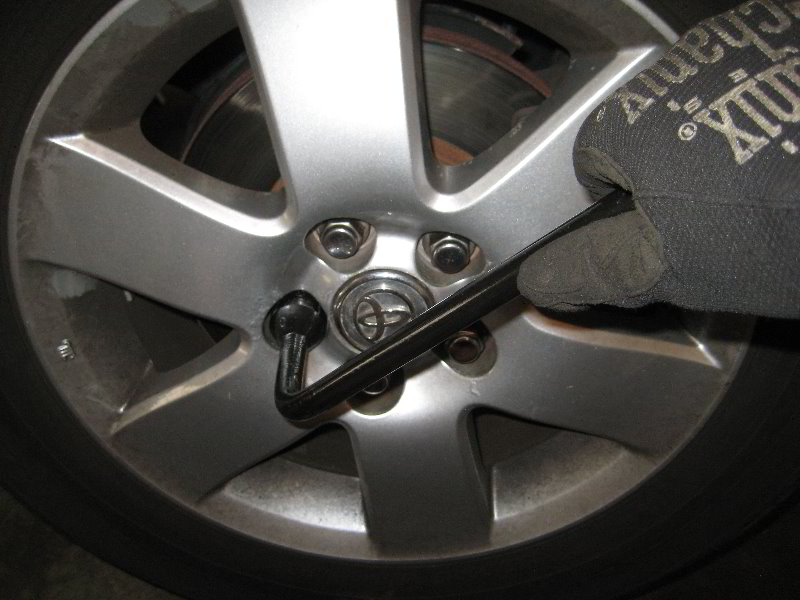 how to change brake guide pins on a sequoia