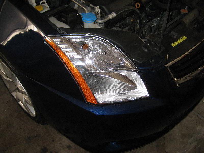 2007-2012-Nissan-Sentra-Headlight-Bulbs-Replacement-Guide-001