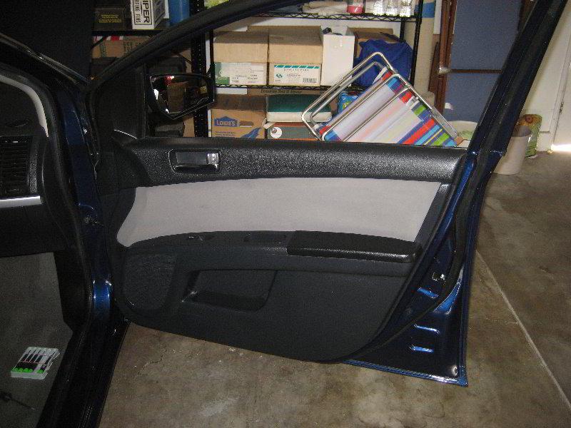 2007 2012 Nissan Sentra Interior Door Panel Removal Guide 001