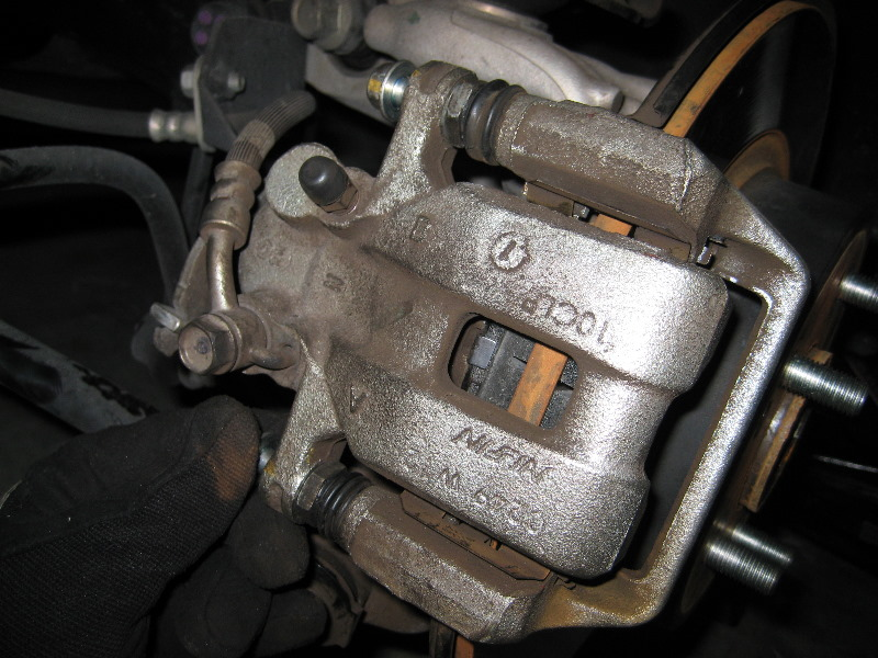 honda accord premature rear brake pads wear replacement repair html autos weblog. Black Bedroom Furniture Sets. Home Design Ideas