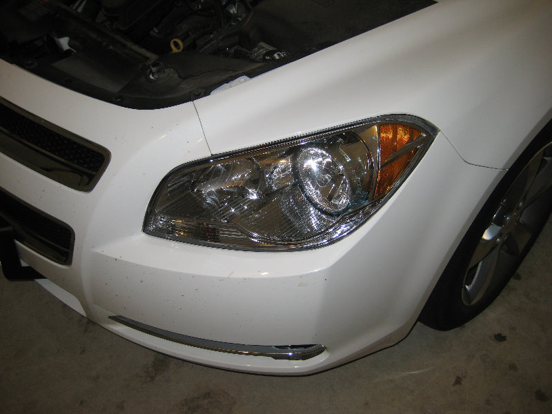 2008-2012-Chevy-Malibu-Headlight-Bulbs-Replacement-Guide-001