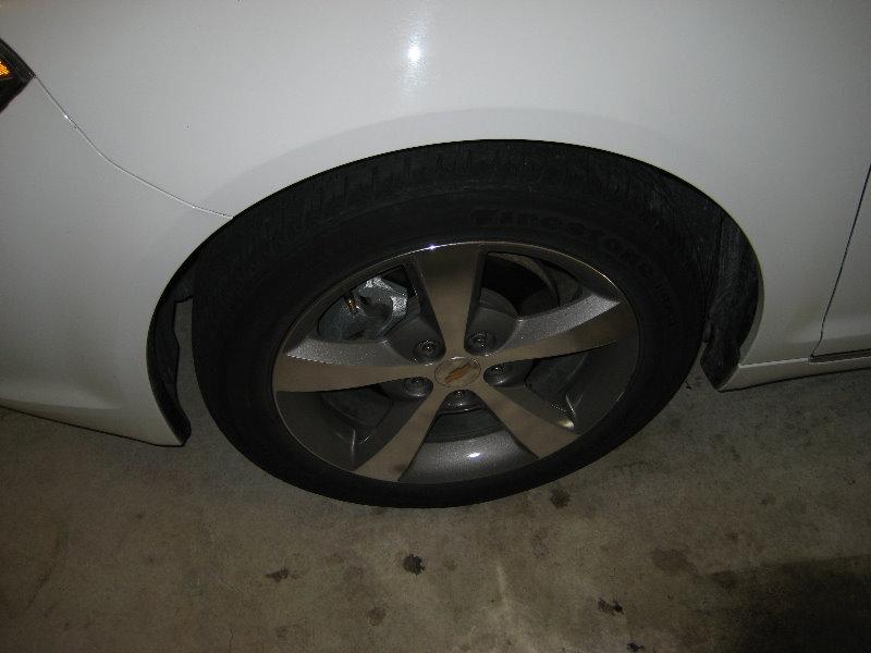2008-2012-Chevy-Malibu-Headlight-Bulbs-Replacement-Guide-012