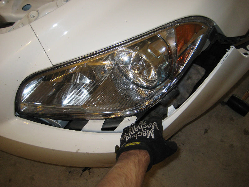 Headlight Replacement Guide : Buick lacrosse headlight bulbs replacement guide to