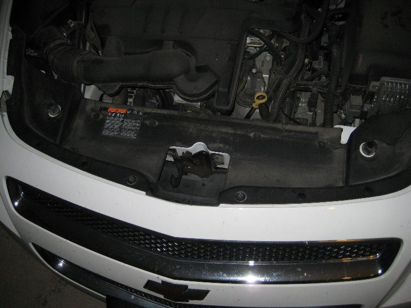 2008-2012-Chevy-Malibu-Headlight-Bulbs-Replacement-Guide-104
