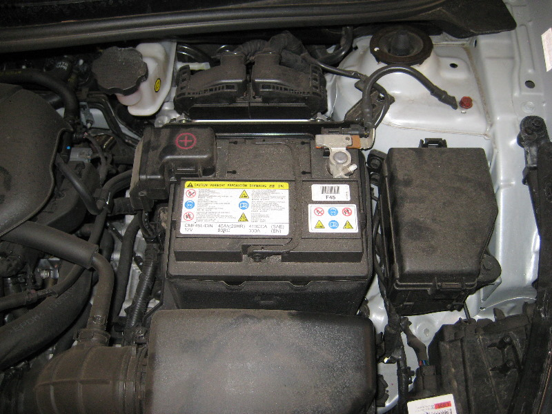 hyundai i20 battery replacement