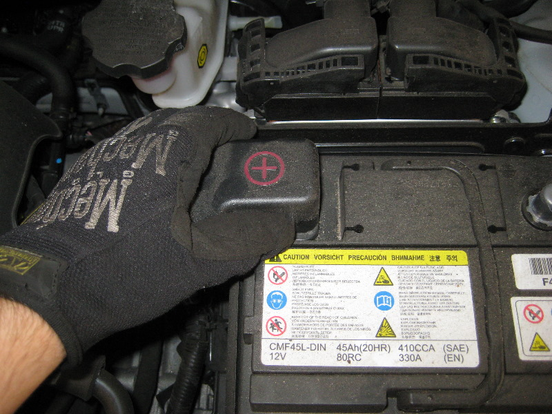 2011 2015 Hyundai Accent 12v Car Battery Replacement Guide 005