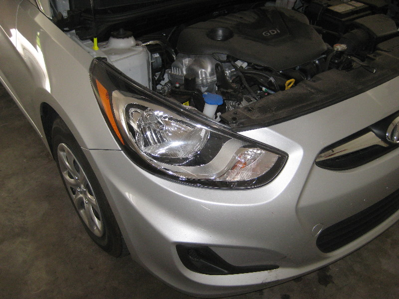 2011 2015 hyundai accent headlight bulbs replacement guide 001 rh paulstravelpictures com