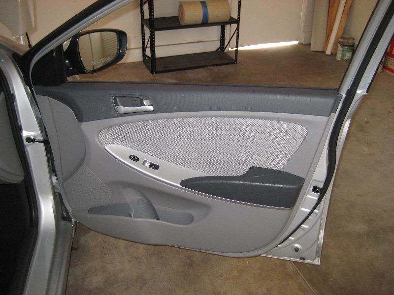 2011 2015 Hyundai Accent Interior Door Panel Removal Guide 001