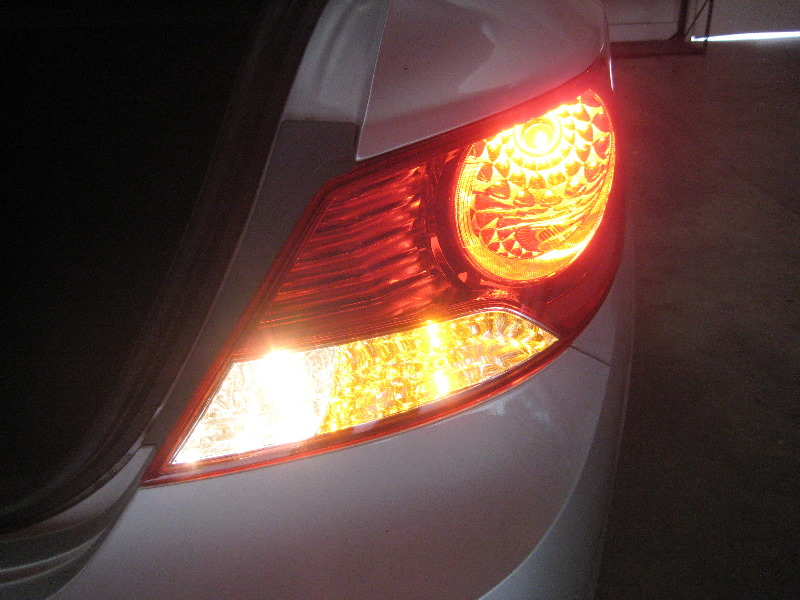 2011 2015 Hyundai Accent Tail Light Bulbs Replacement