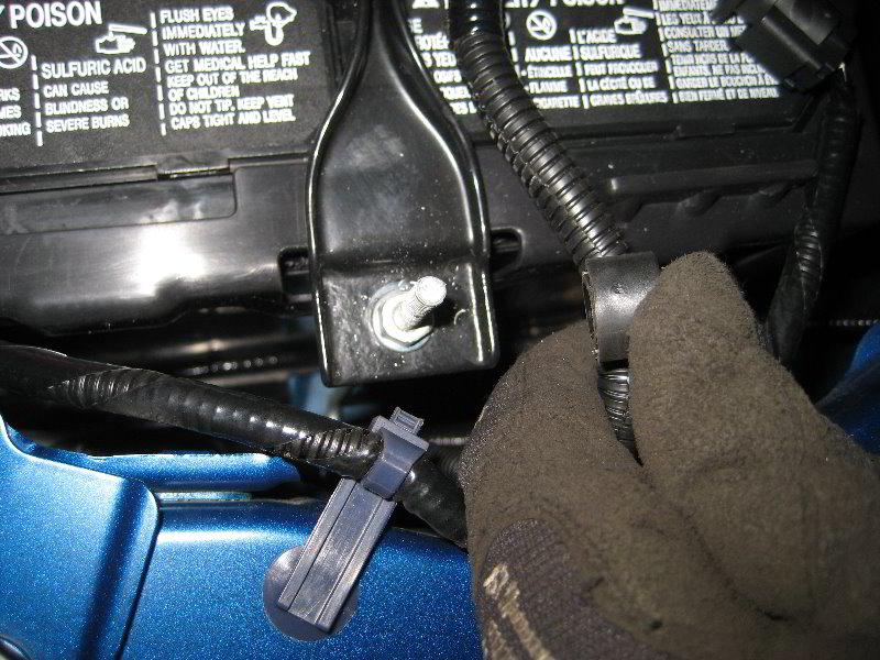 how to change honda civic 2012 battery