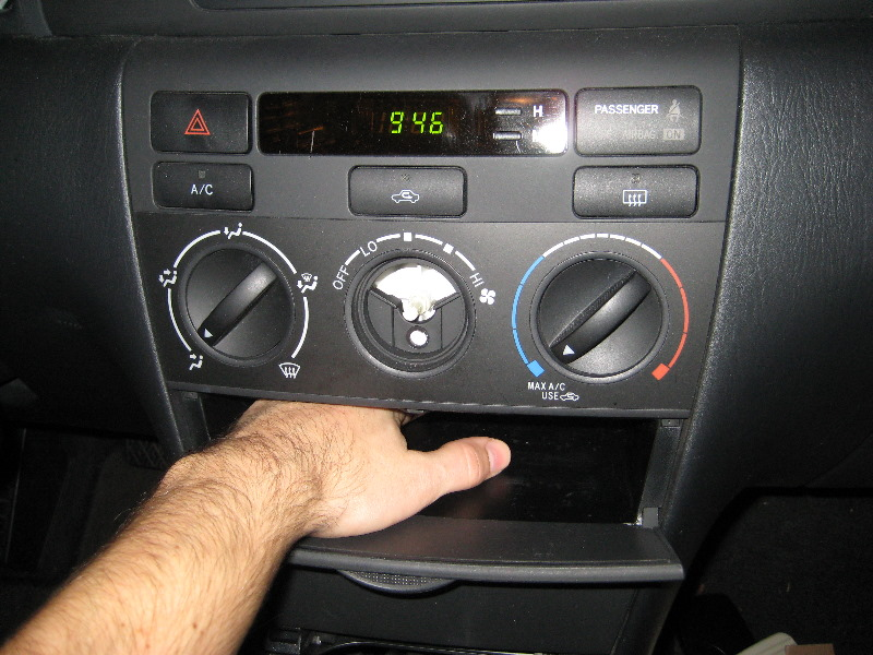 blitzsafe toyota corolla aux input install guide review 015. Black Bedroom Furniture Sets. Home Design Ideas