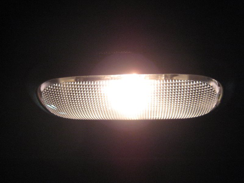 Chrysler 200 Dome Light Bulb Replacement Guide 015