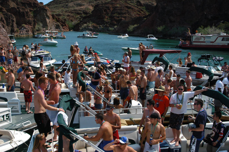 VWVortex.com - Copper Canyon Boat Party Pictures - Lake Havasu, CA/AZ Border