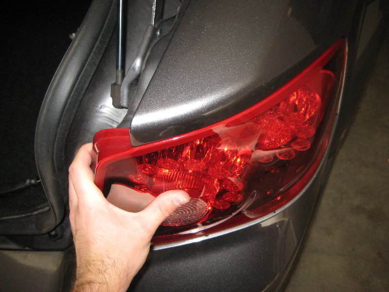 Dodge Avenger Reverse Tail Light Bulb Replacement Guide 024