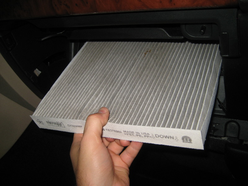 Beau Dodge Durango Cabin Air Filter Replacement Guide 016