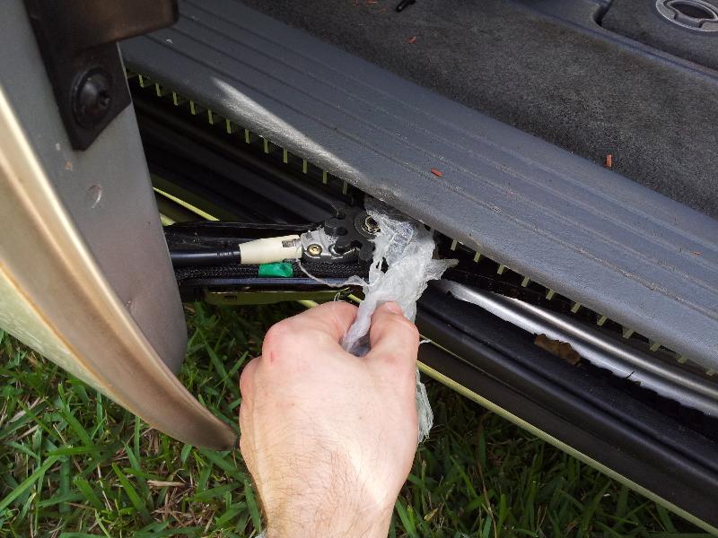 Dodge-Grand-Caravan-Jammed-Automatic-Sliding-Side-Door-Repair-Guide-006 & Grand-Caravan-Jammed-Automatic-Sliding-Side-Door-Repair-Guide-006