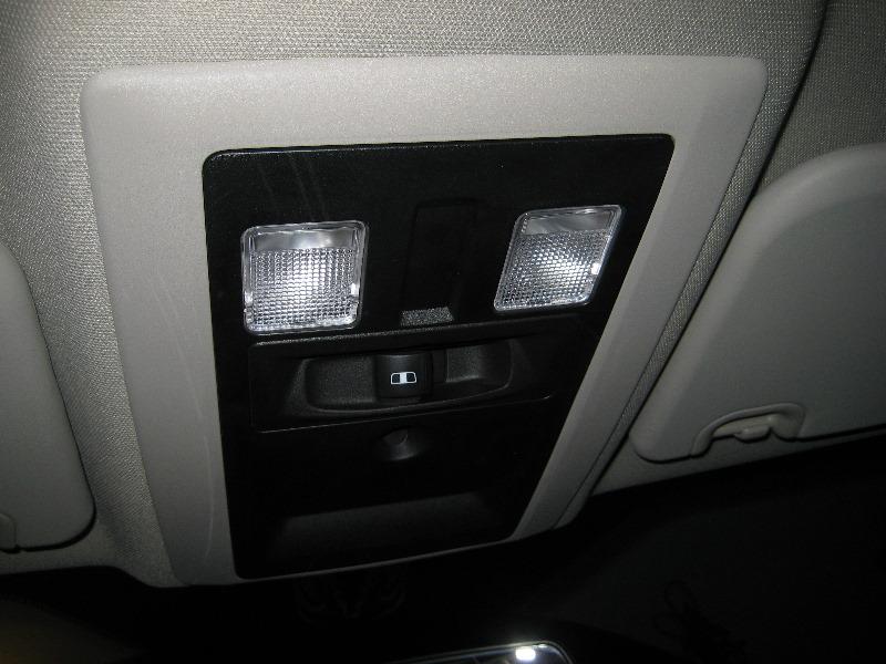 Dodge-Ram-1500-Overhead-Map-Light-Bulbs-Replacement-Guide-001
