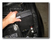 push in new fuse � fiat-500-electrical-fuse-replacement-guide-014