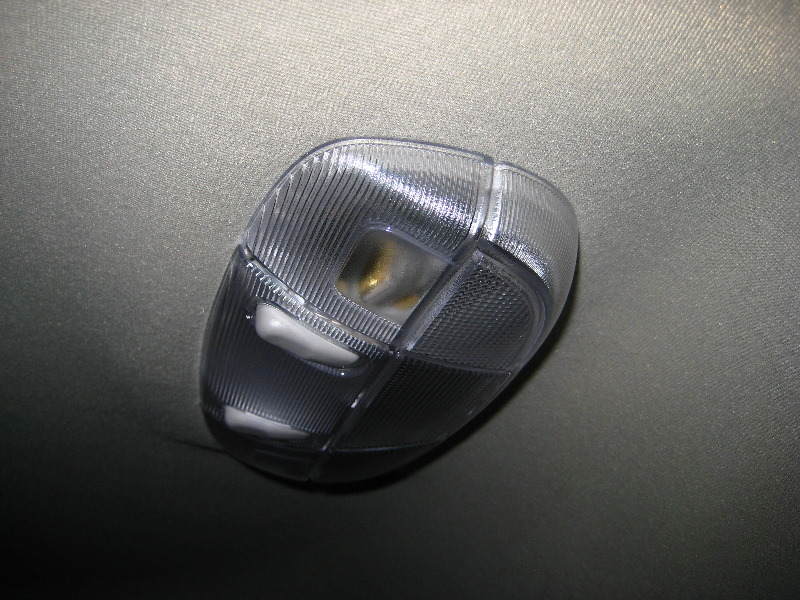 Ford Edge Rear Dome Light Bulbs Replacement Guide 009