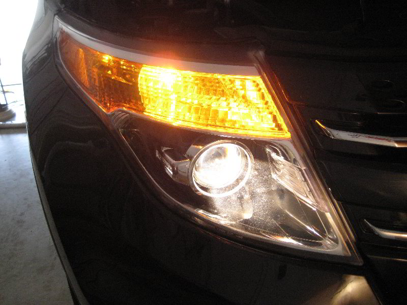 Headlight Replacement Guide : Ford explorer headlight bulbs replacement guide