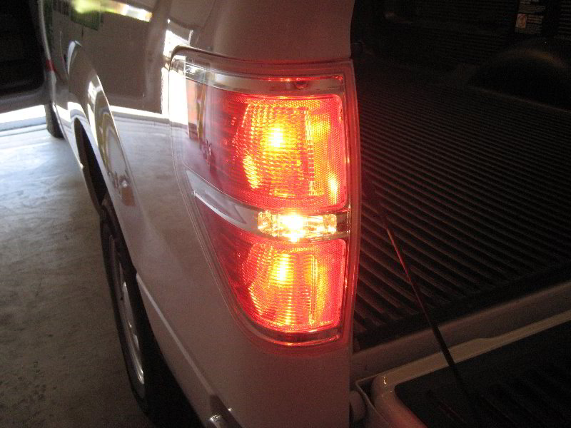 Ford f 150 tail light bulbs replacement guide 030