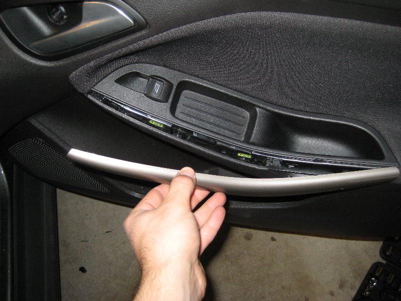 Focus-Interior-Door-Panel-Removal-Guide-054