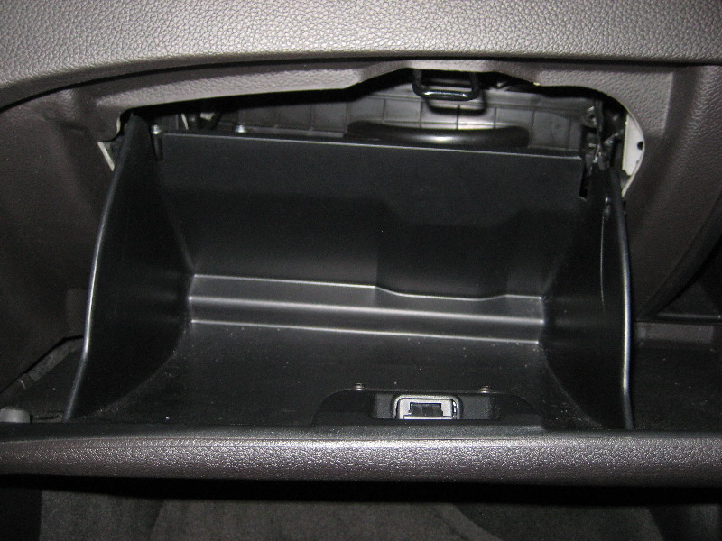 Ford Cabin Air Filter Replacement Instructions