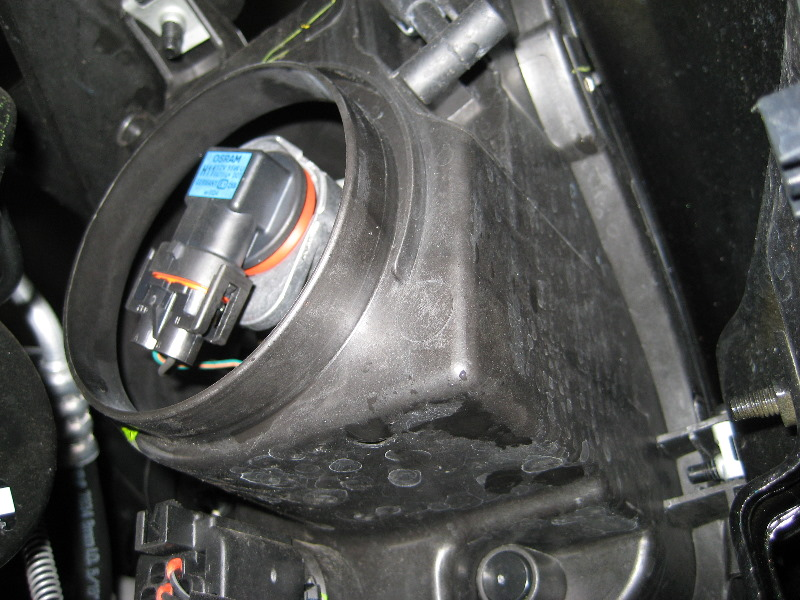 List Of Replacement Bulbs For A 2006 Ford Escape