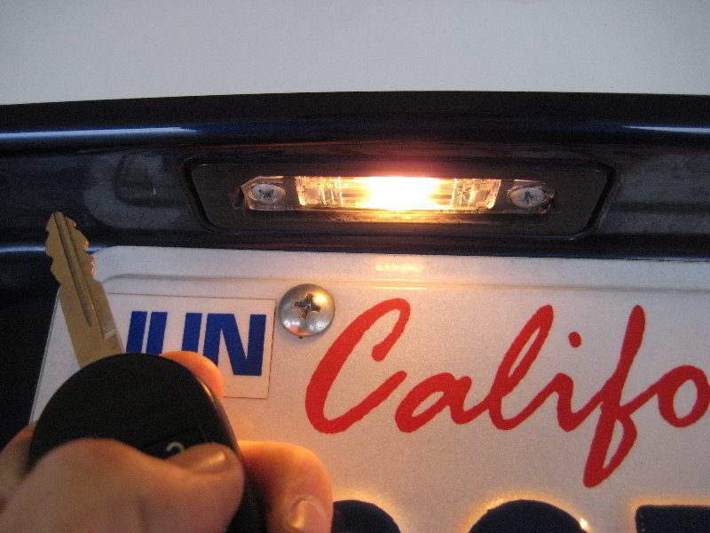 2014 Mustang Rear Bumper Replacement >> Ford-Mustang-License-Plate-Light-Bulbs-Replacement-Guide-015