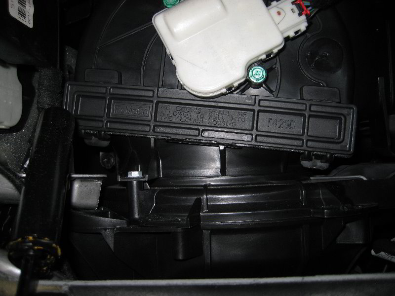 Ford Taurus Hvac Cabin Air Filter Replacement Guide 022