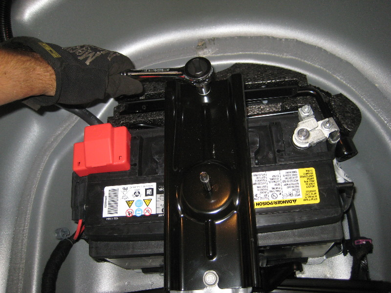 Gm Chevrolet Camaro V Automotive Battery Replacement Guide on 2010 Chevy Camaro Battery Location