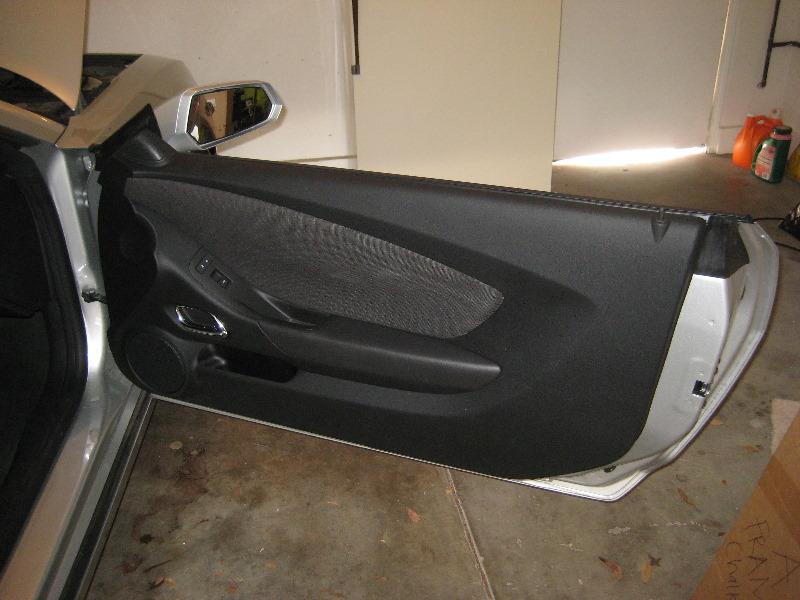 & GM-Chevrolet-Camaro-Interior-Door-Panel-Removal-Guide-060