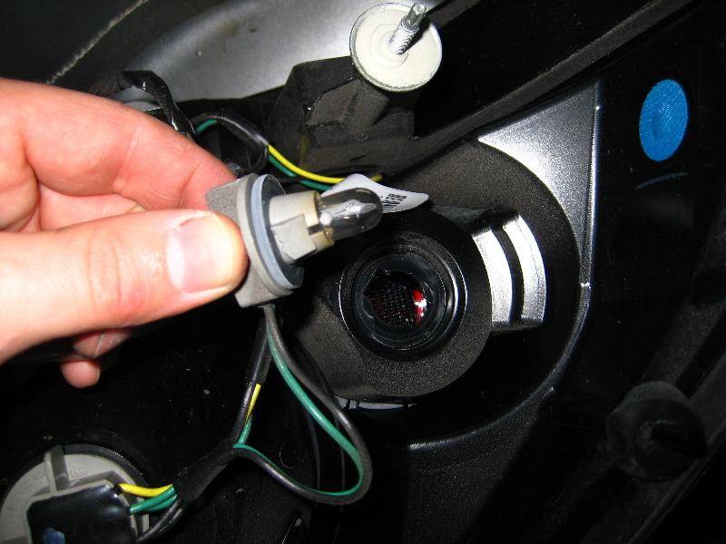[How To Replace Light Bulbs On A 2006 Cadillac Xlr] - Gmc ...