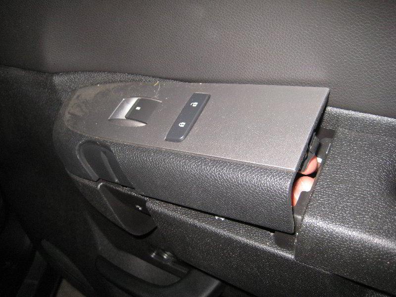 Chevrolet Silverado Interior Door Panel Removal Guide 033