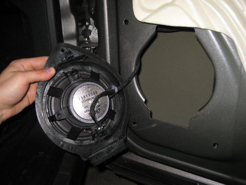 How to remove truck door panels 2002 chevy silverado for 03 silverado door handle replacement