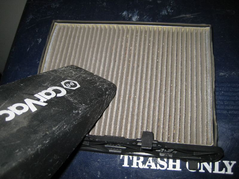 Gm chevrolet traverse cabin air filter replacement guide 016 for Chevy express cabin air filter location