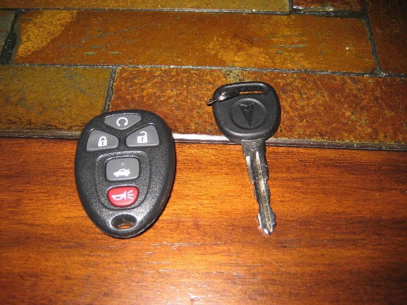Gm Pontiac G6 Key Fob Battery Replacement Guide 002