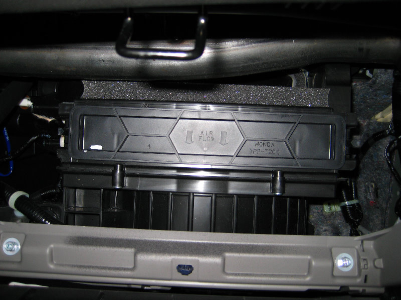 Honda Accord Cabin Air Filter Replacement Guide 008