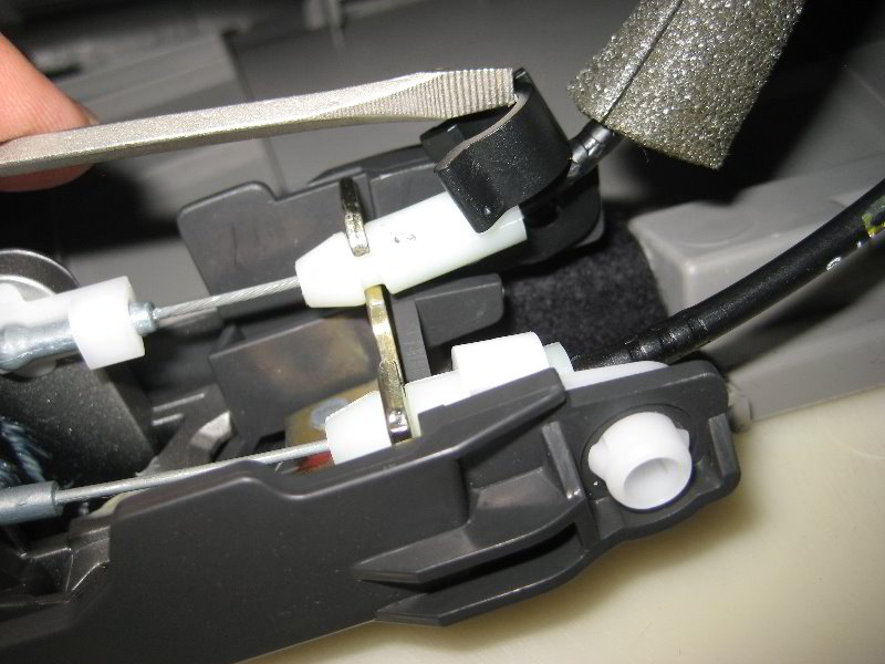 [Remove Door Panel On A 2005 Honda Civic Si] - How To ...