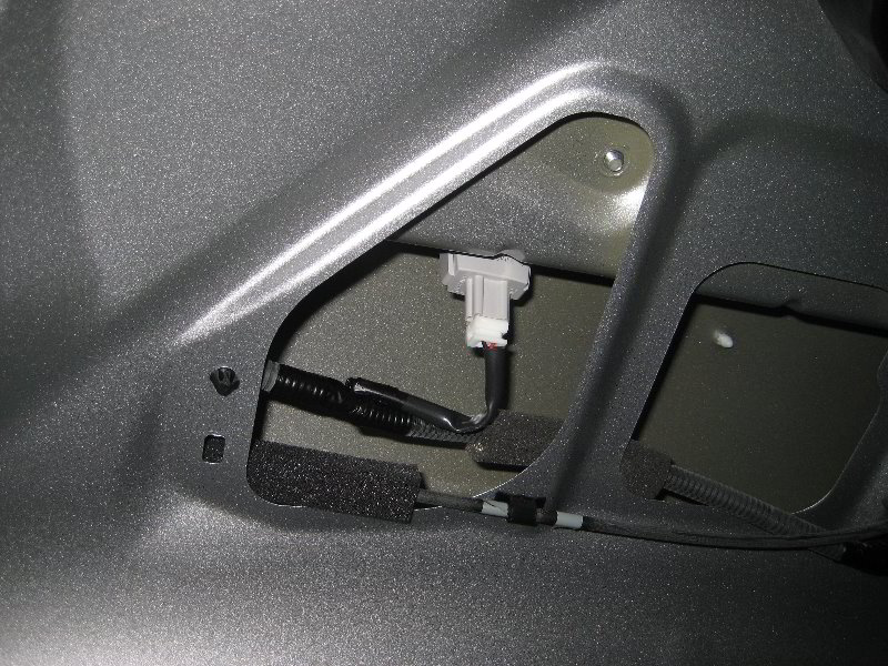 Honda Odyssey License Plate Light Replacement