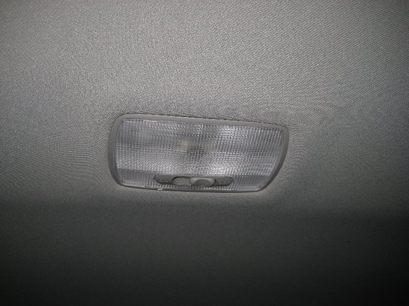 Honda accord dome light bulb replacement guide 001 - Honda accord interior light bulb replacement ...