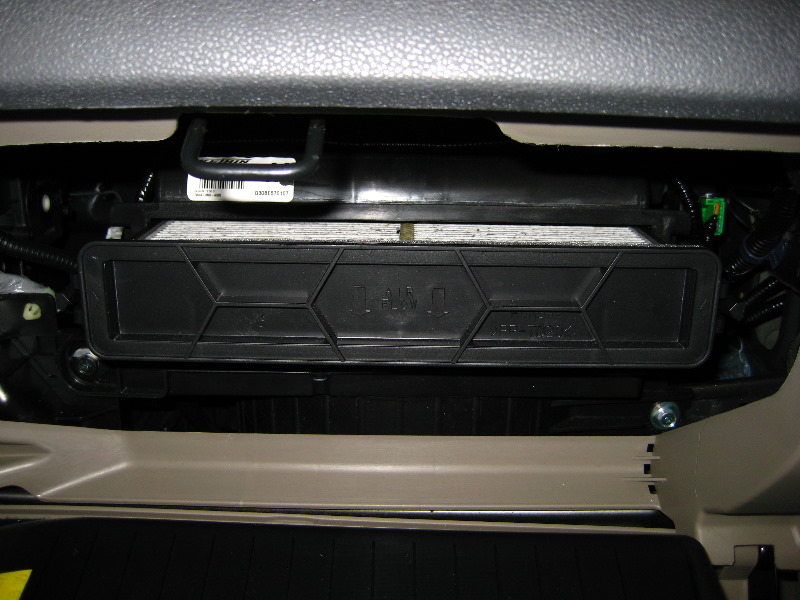 Replace cabin air filter honda for Change cabin air filter