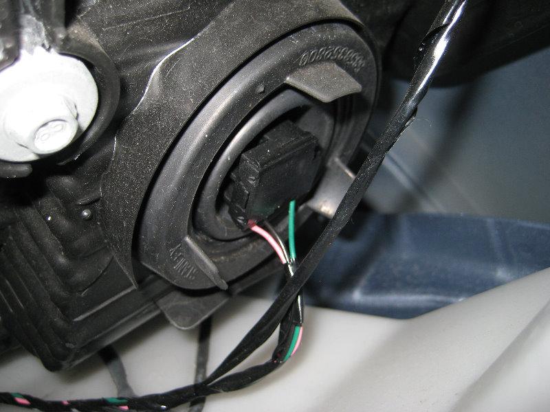 Headlight Replacement Guide : Kia soul headlight bulb go carz