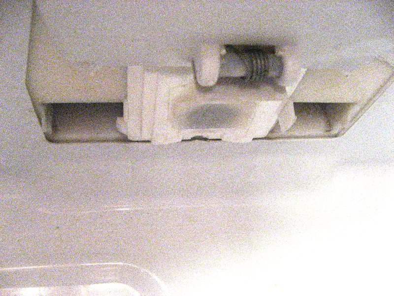 Refrigerator-Water-Leak-Repair-Guide-004