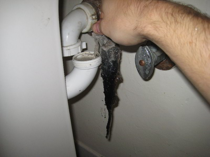 How-To-Get-Something-Dropped-In-To-Sink-Drain-Trap-011