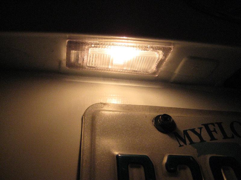 Hyundai Elantra License Plate Light Bulbs Replacement Guide on 2013 Hyundai Elantra Light Bulbs