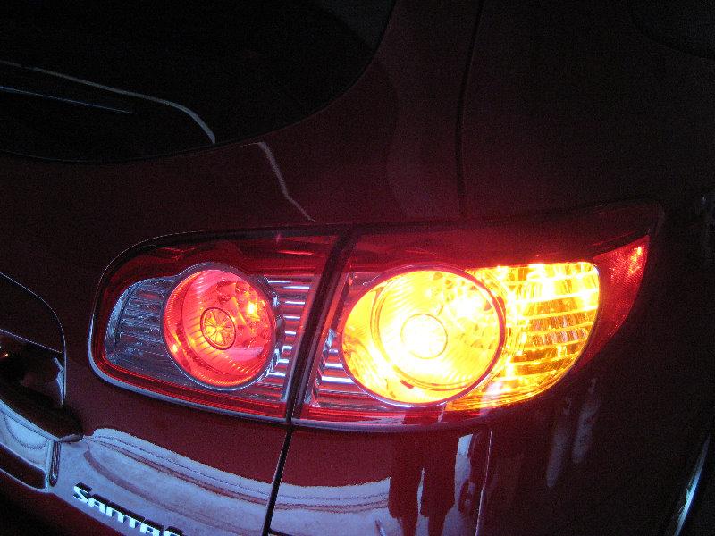 Hyundai Santa Fe Tail Light Bulbs Replacement Guide 036