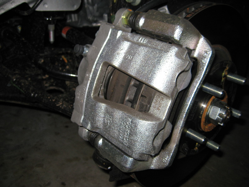 Hyundai Sonata Front Brake Pads Replacement Guide 2011
